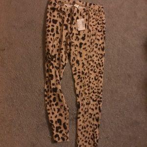 Leopard print leggings size 8